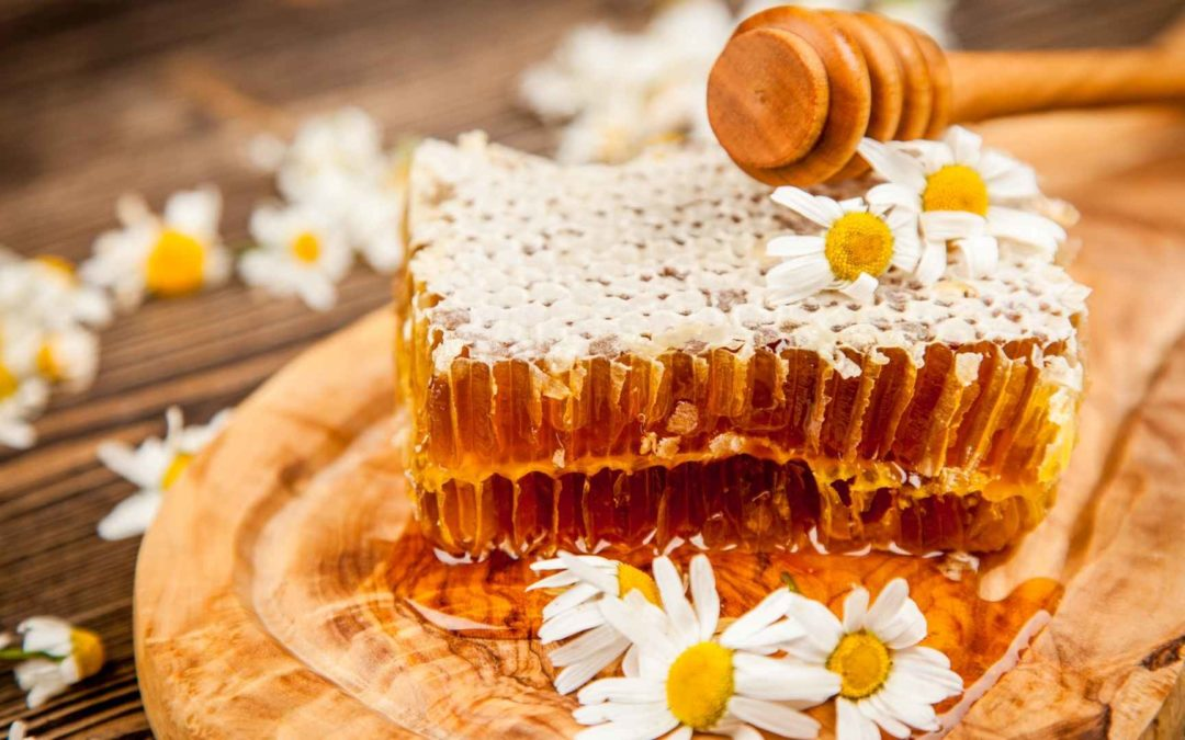 The Making Of Honeycomb and Its Uses!